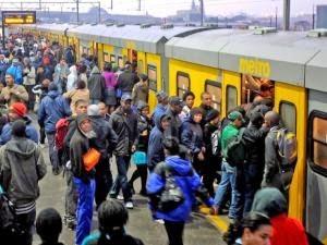 Metro_overcrowd
