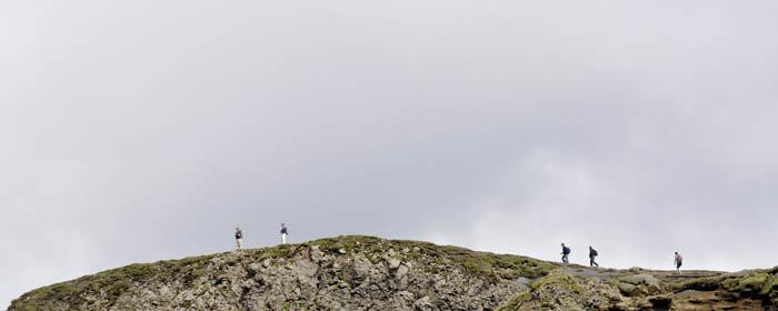 12 towards Fimmvörðuhals