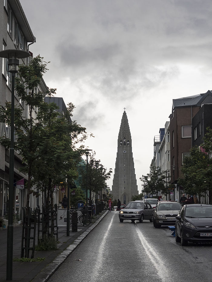 Hallgrimskirkja in the rain
