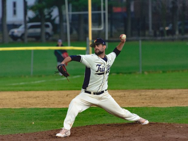 Trinity Baseball Drops Two Games to Mitchell College