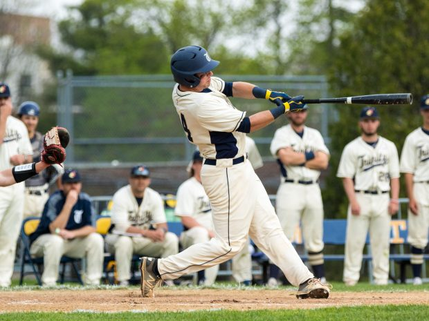 Trinity Baseball Takes Out Bates in Weekend Series