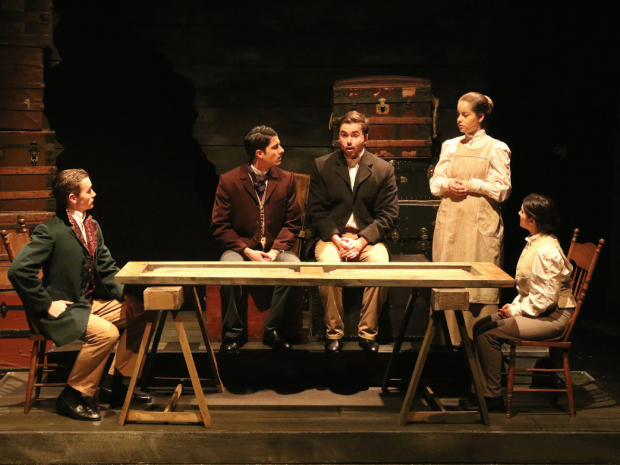 """""""Great Expectations"""" Grips Audience with Intimacy"""