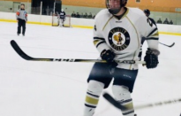 Men's Hockey Takes Down Williams, Middlebury
