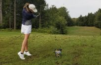 Women's Golf Tees Off the Season